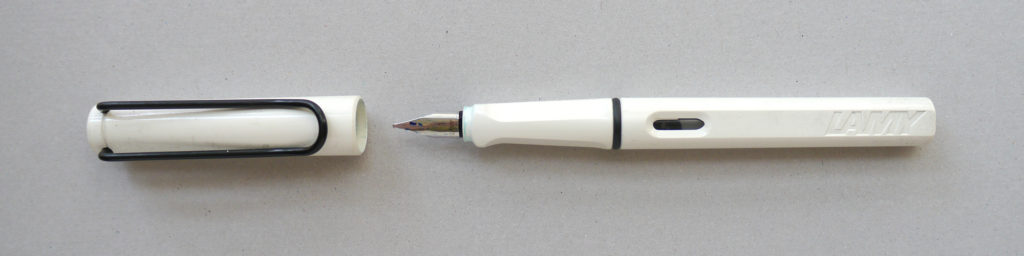 White Lamy Safari fountain pen fitted with a 1.1 italic nib