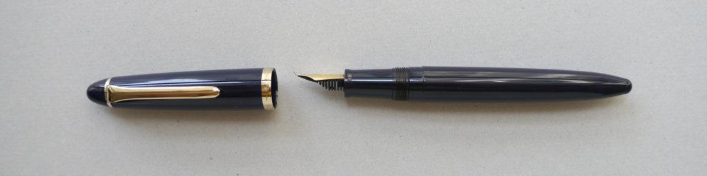 A Sailor 'Profit' calligraphy fountain pen